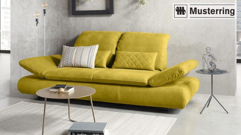 Gelbes Design-Sofa