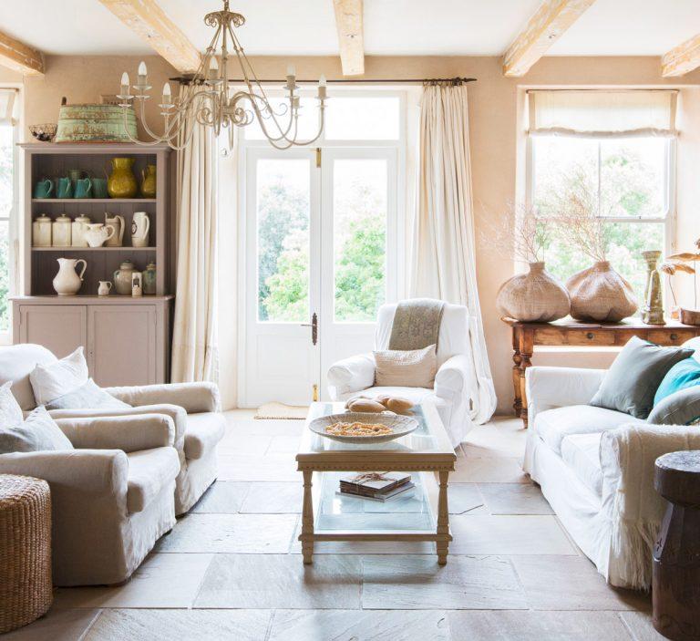 Wohnzimmer in englischem Landhausstil