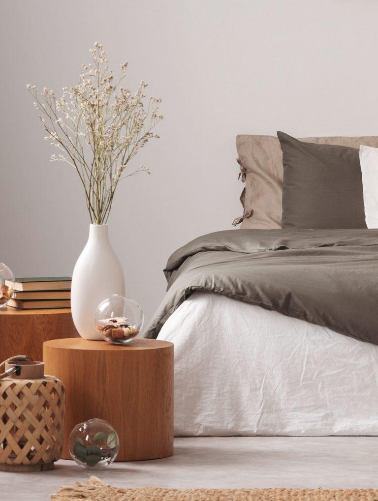 Schlafzimmer in Naturtönen