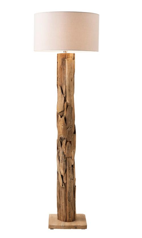 Stehlampe mit Holzfuß und hellem Lampenschirm