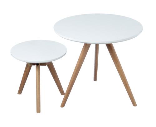 Beistelltische mit drei Holzbeinen und weißer Platte