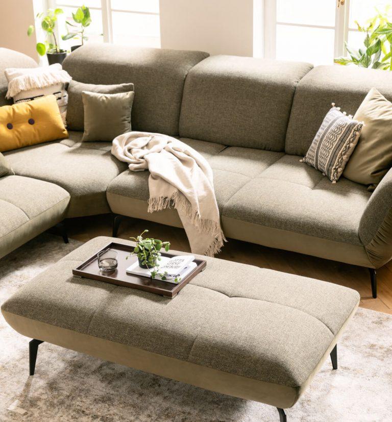 Kuschel Sofa in zurückhaltendem Grün