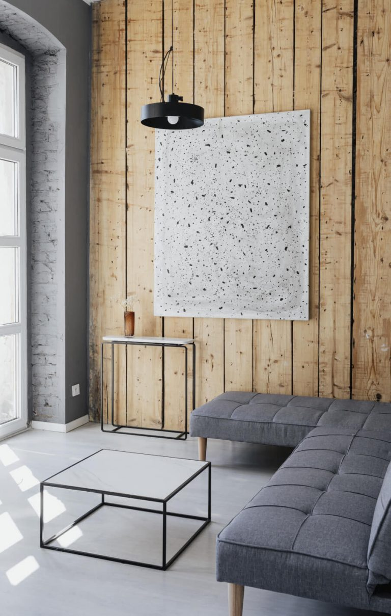 Holzpaneel-Wand