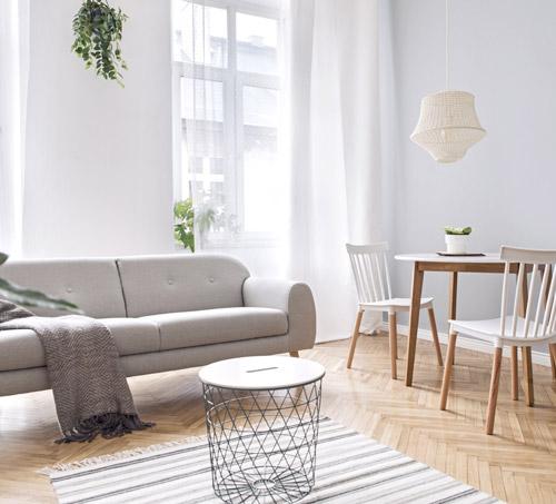 heller Wohnraum im Scandilook