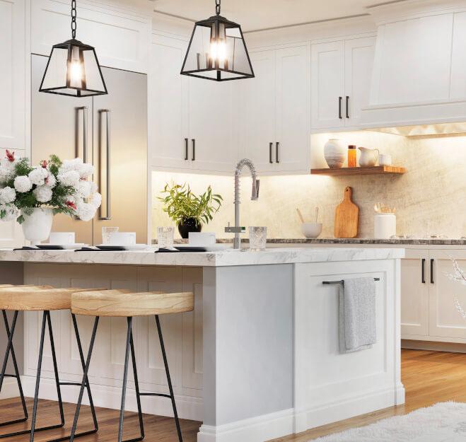 Weiße offene Küche mit Insel
