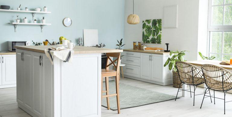 Küche weiß/holz